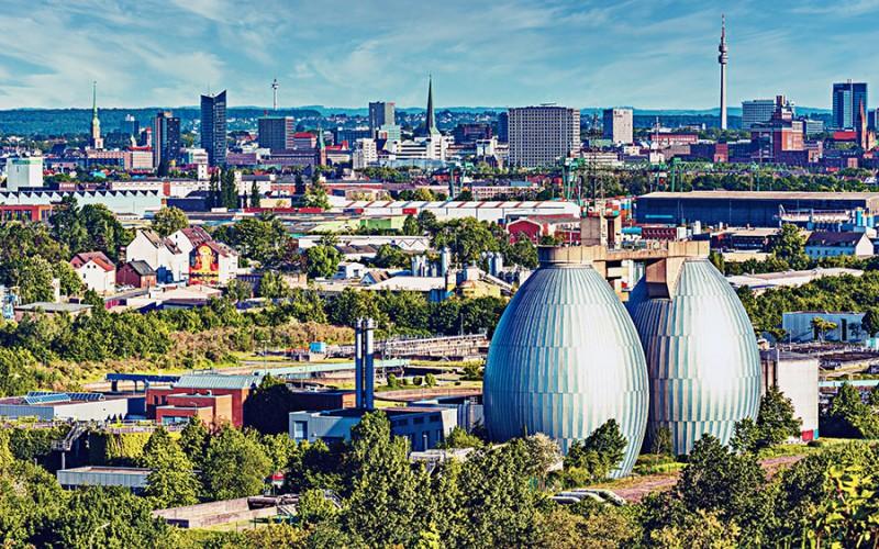 Großartiger Blick über die Stadt Dortmund in Nordrhein-Westfalen
