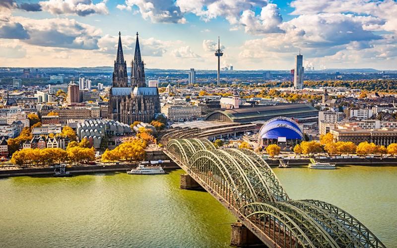 Medienhauptstadt und Karnevalshochburg - Köln hat viele Facetten