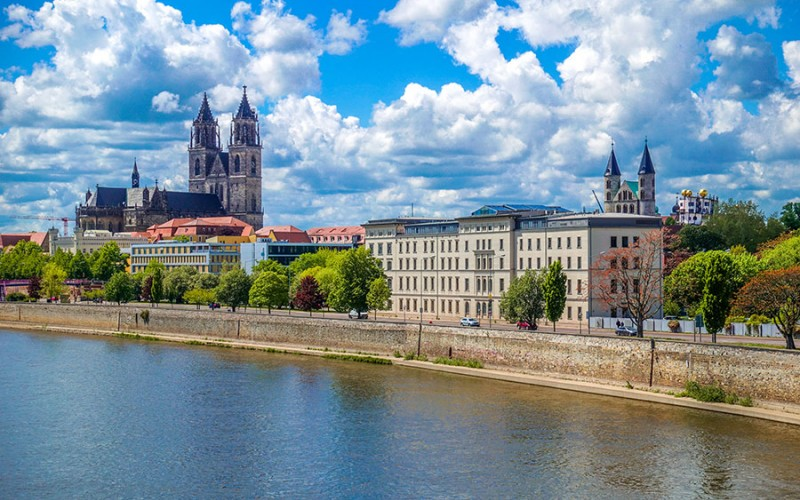 Magdeburg liegt an der Elbe