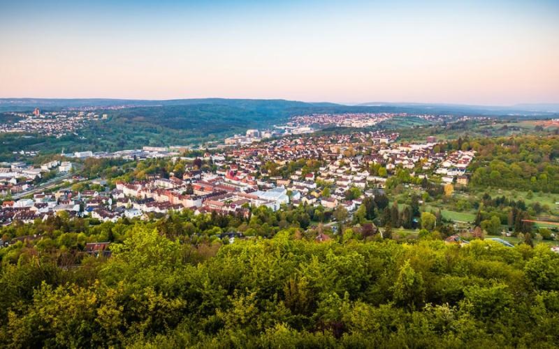 Pforzheim liegt idyllisch am Rand des Nördlichen Schwarzwaldes