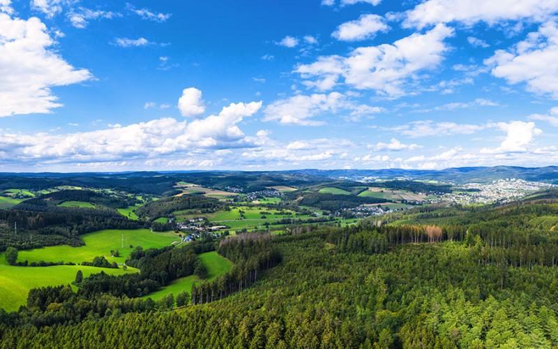 Das Siegerland bietet weite Natur und interessante Städte